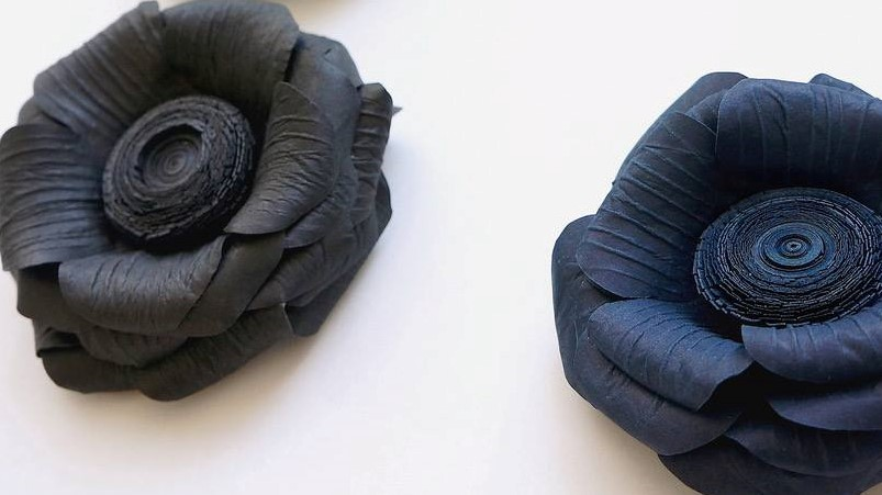 Anemone corsages black and dark blue